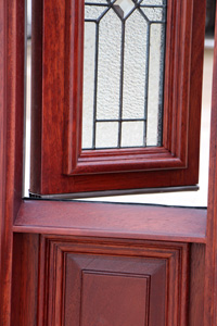 operable sidelights open