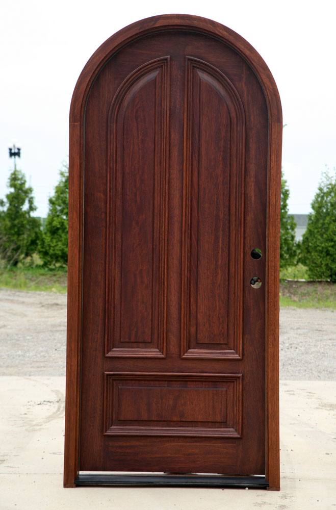 Gentil Arched Single Entry Doors Of Solid Mahogany