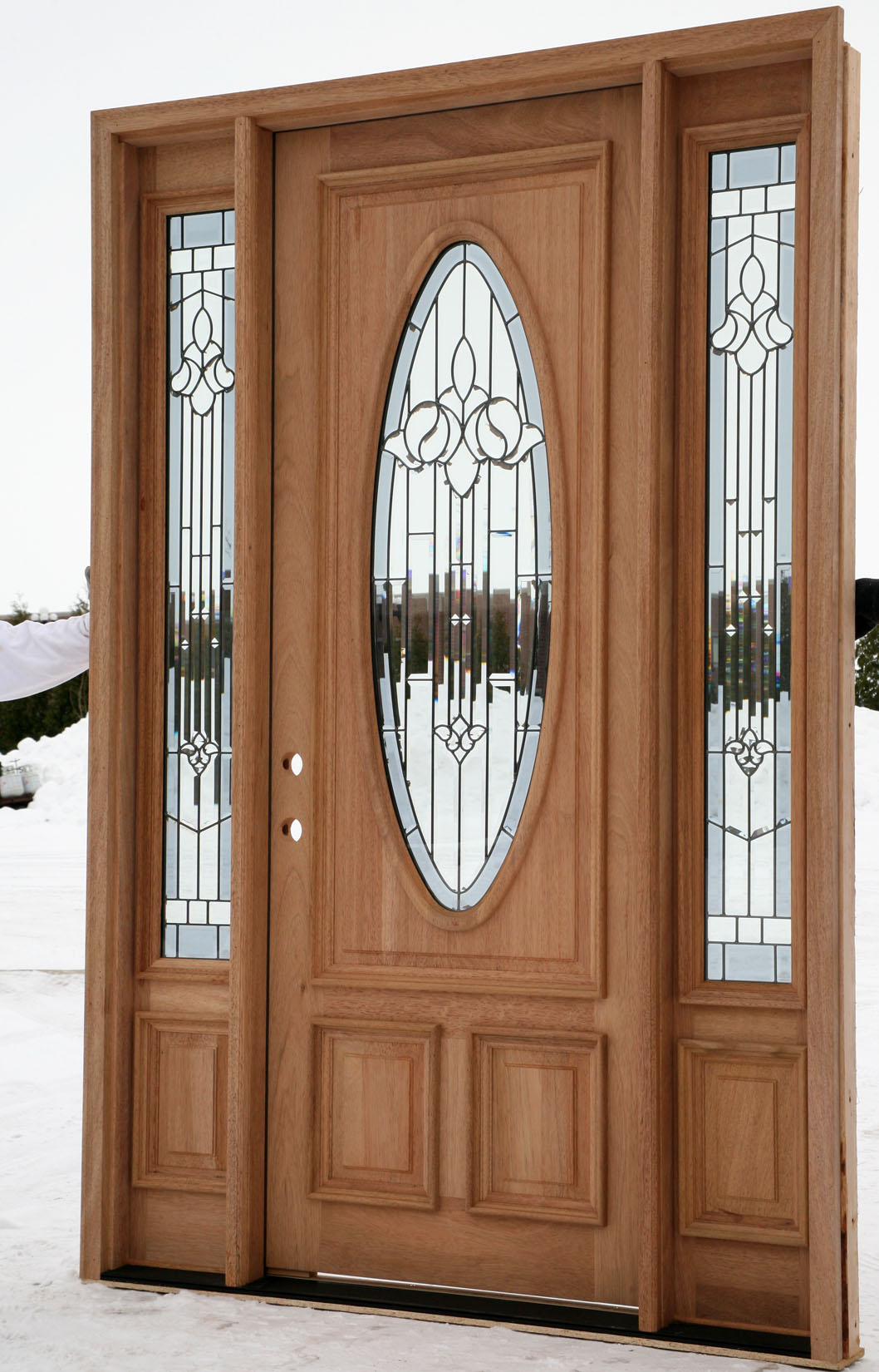 Exterior entry doors with sidelights for Large wooden front doors