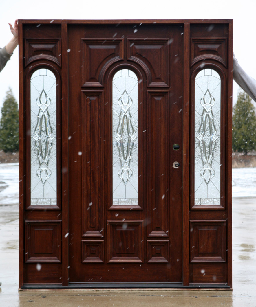 Solid mahogany doors exterior mahogany wood doors for Mahogany exterior door