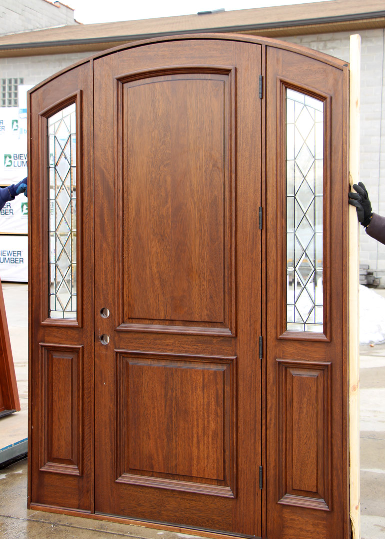 Arched Exterior Door With Sidelights Cl 16