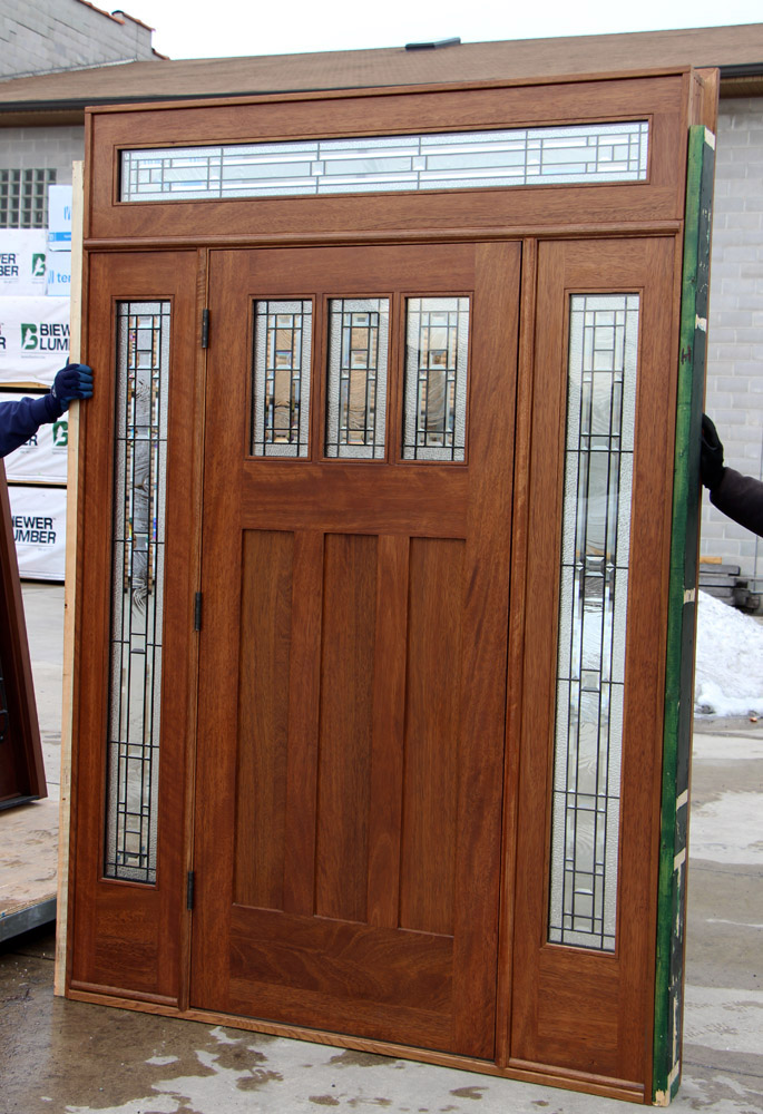 Craftsman Entry Door With Transom