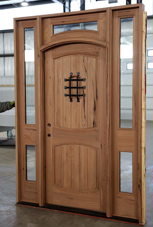 Rustic Teak Exterior Wood Doors With 2 Sidelights