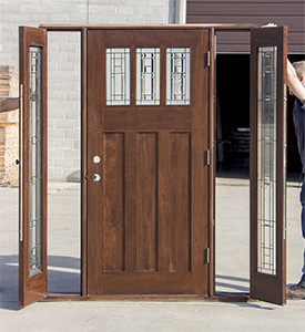 Craftsman Entry Door With Venting Sidelites