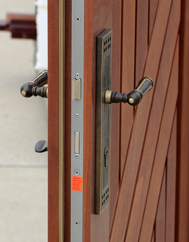 3 Point Locks : Security armored doors in mahogany cl
