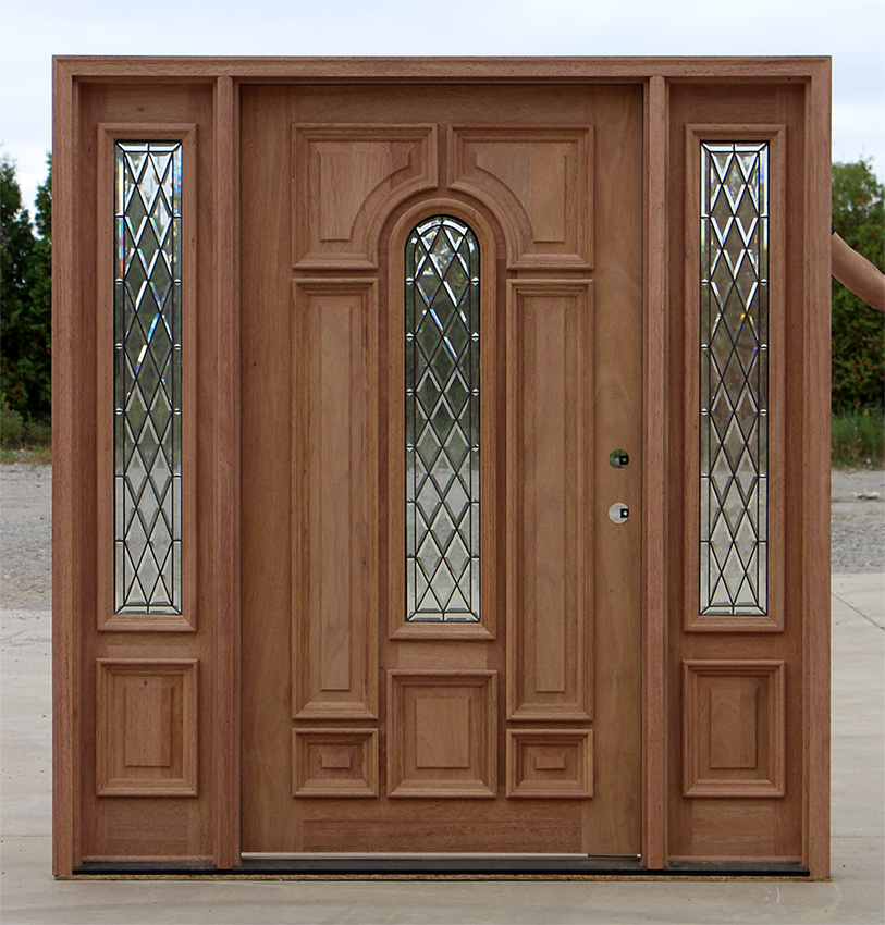 Wide entry door with sidelights cl 66 for Large wooden front doors