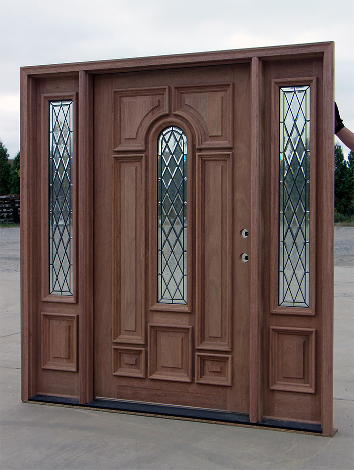 Wide entry door with sidelights cl 66 for Large entry door