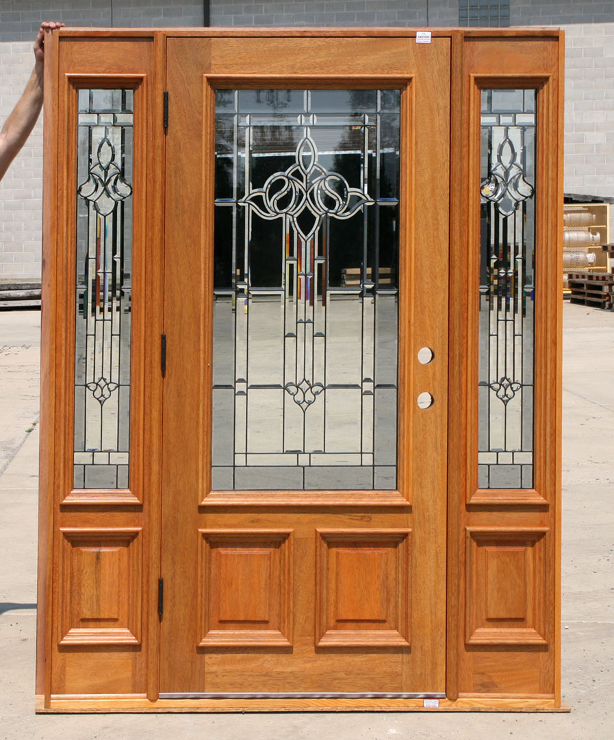 Finished exterior door with 2 sidelights
