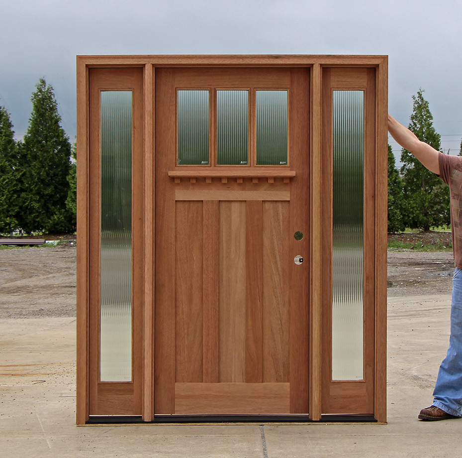 Craftsman Door With Venting Sidelites