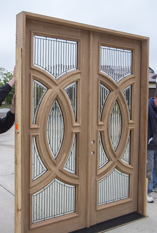 Modern Exterior Door With Multi Point Locks 4 Door Lites: Mahogany Double Doors With Modern Glass
