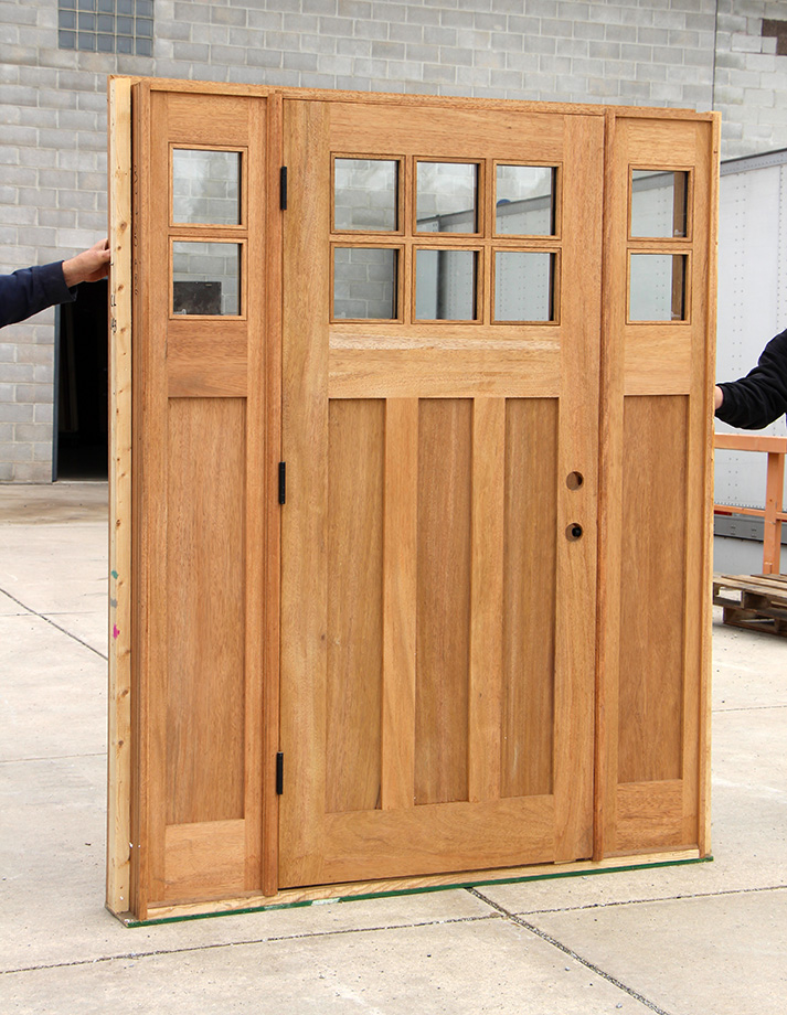 Craftsman Doors With Dentil Shelf