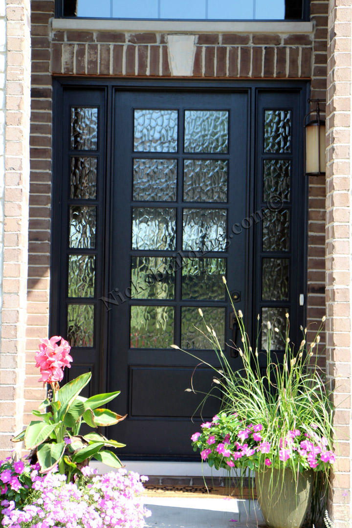 Exterior door gallery wooden door pictures for Black wooden front door
