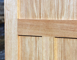 oak shaker doors closeup