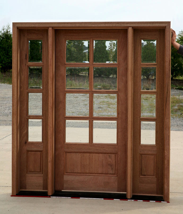 Front entry doors with side lights front home and house for Front door and sidelights