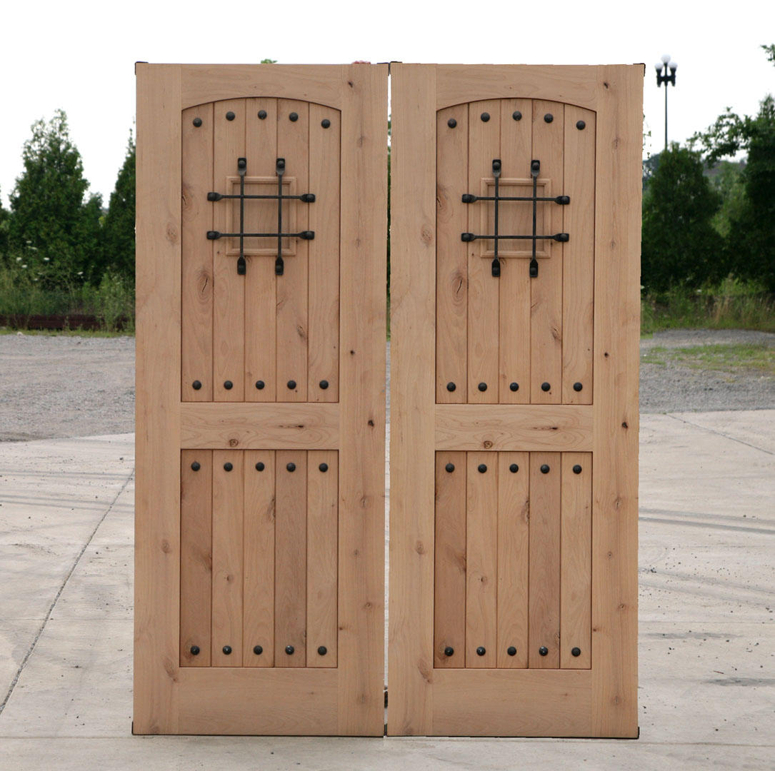 Rustic double doors closeout sale exterior alder wood door for Exterior home doors for sale