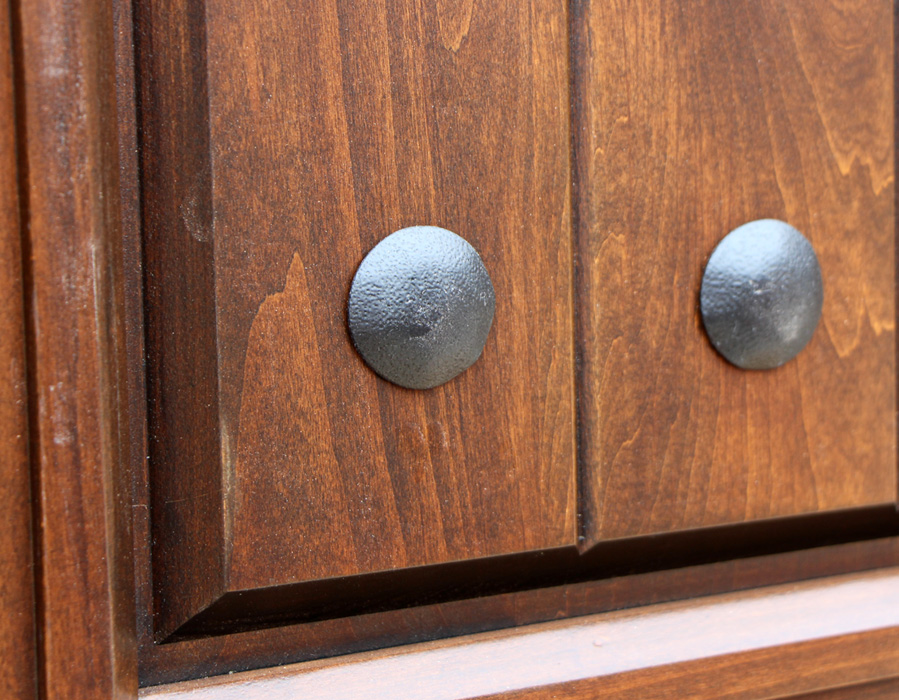 Knotty Alder Exterior Door Closeup Images