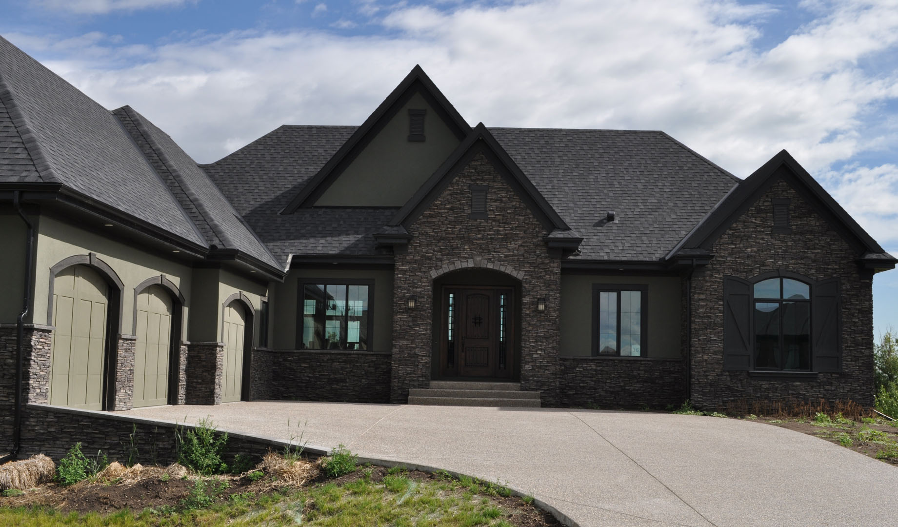 Best Color Black Roof House Colors Pinterest 640 x 480