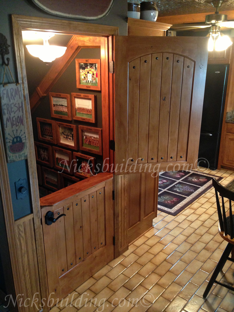 Round Top Dutch Doors Interior With Shelf