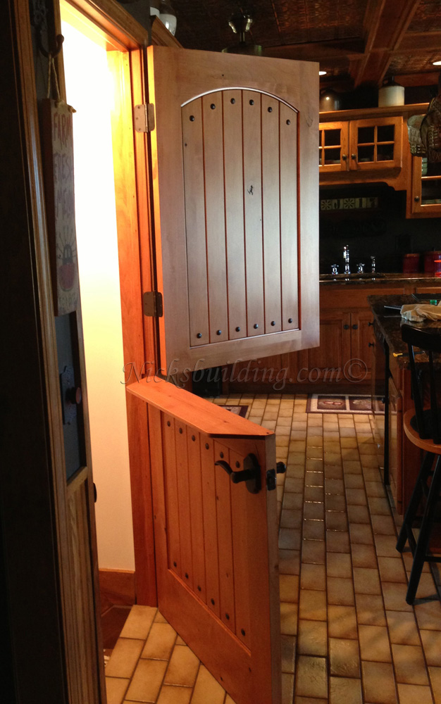 Http Www Hgtv Com Design Rooms Kid Rooms How To Make A Diy Interior Dutch Door