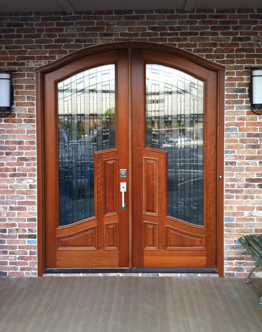 Wood doors front doors entry doors exterior doors for for Outside doors for homes