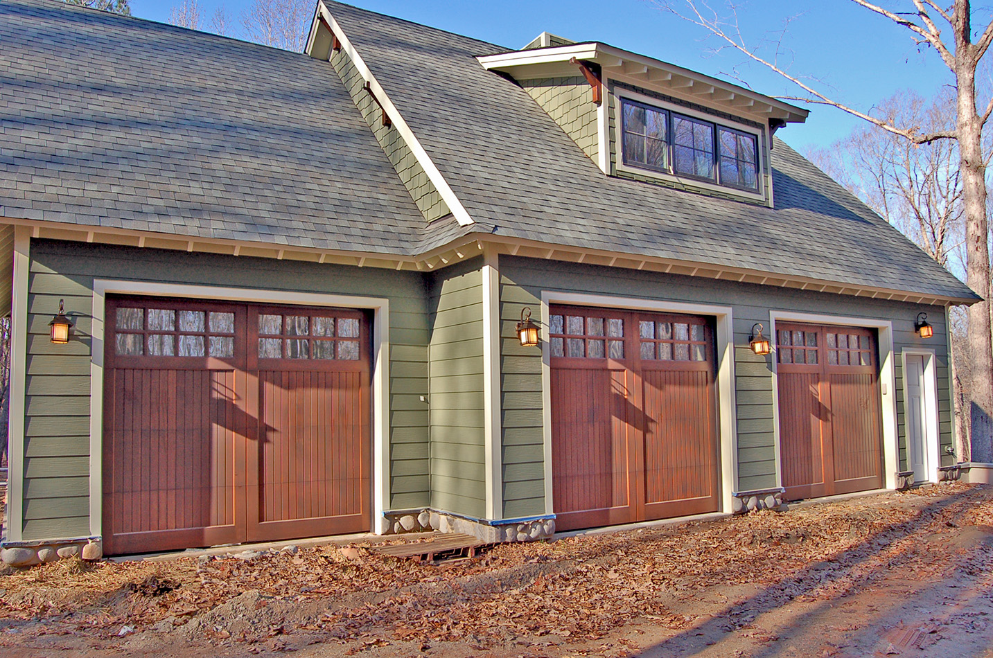 950 #1A67B1 Wooden Garage Doors Craftsman Garage Doors.jpg image Residential Overhead Garage Doors 36731433